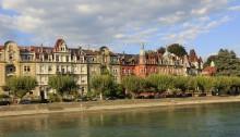 Die Stadt Konstanz vom Schiff aus gesehen