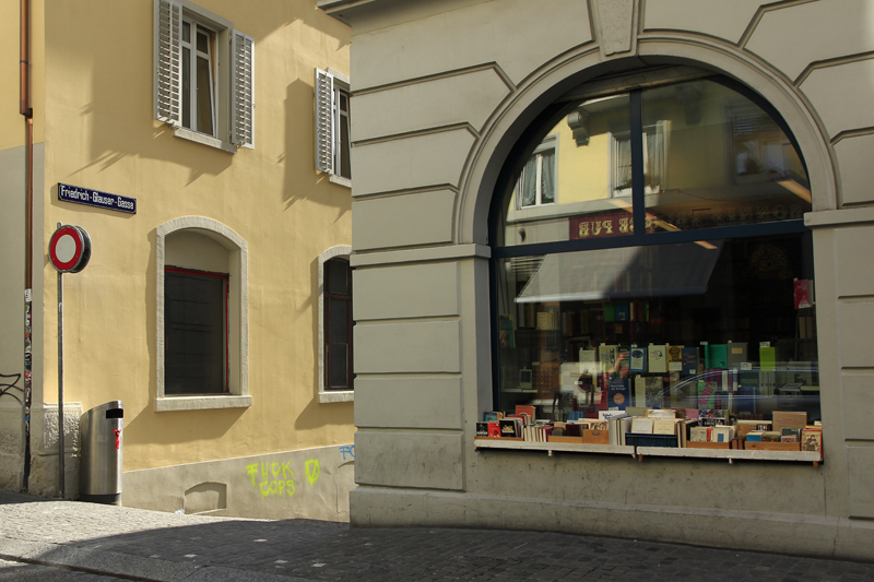 Die Friedrich-Glauser-Gasse in Zürich